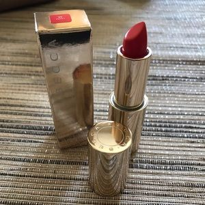 Becca ultimate lipstick love in Poppy